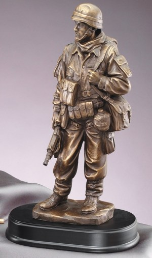 MIL201 Standing Soldier Statue