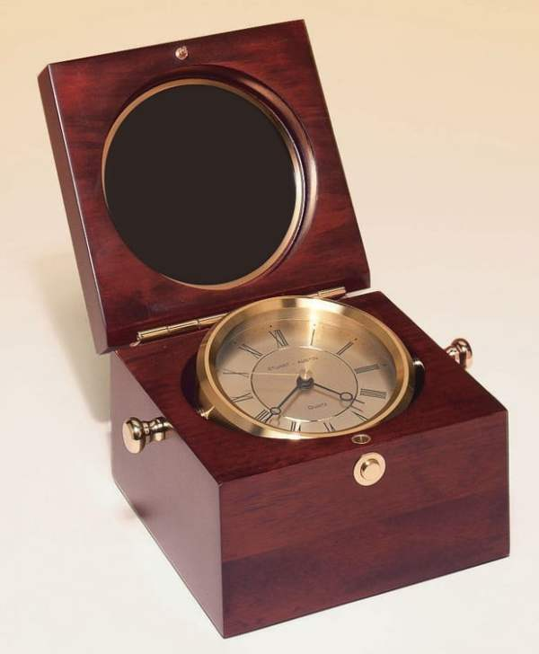 Captain's Clock-4068