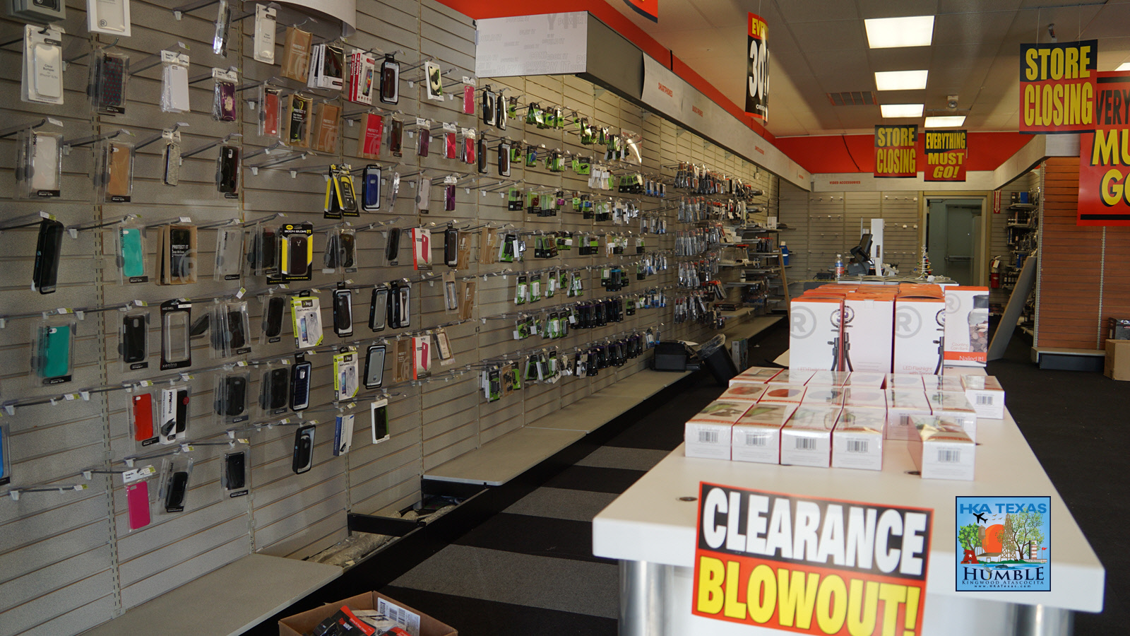 RadioShack closing over 1700 stores including Humble and