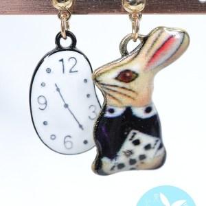 愛麗詩夢遊仙境小兔耳環