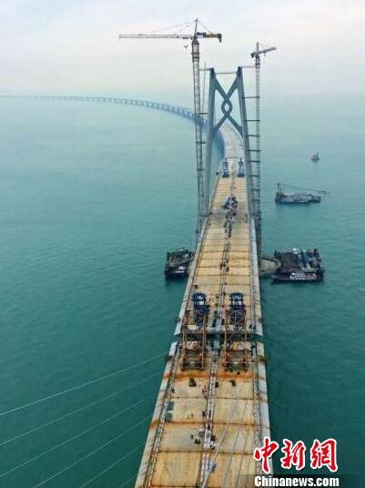 港珠澳大橋主橋最大跨徑航道橋合龍 跨1150米-香港商報