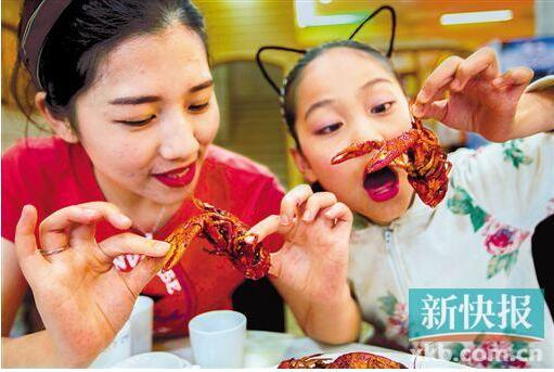食小龍蝦頻出事故 廣東發布消費提醒-香港商報