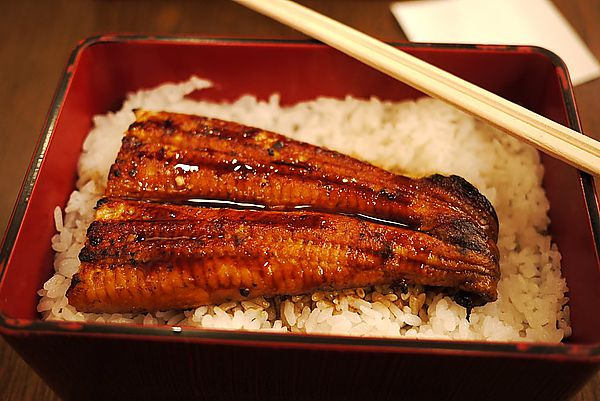 【日本名店500円鰻魚飯嚟喇!】 - 香港人遊香港