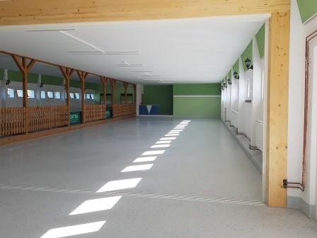 Bullenstall-innen-Saal