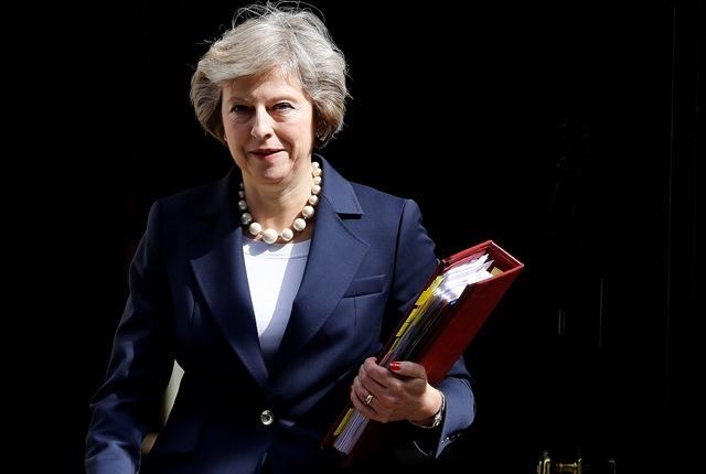 Na snímke britská premiérka Theresa Mayová