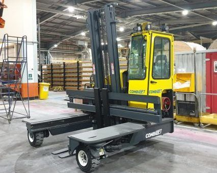 Multidirectional Combilift Forklift