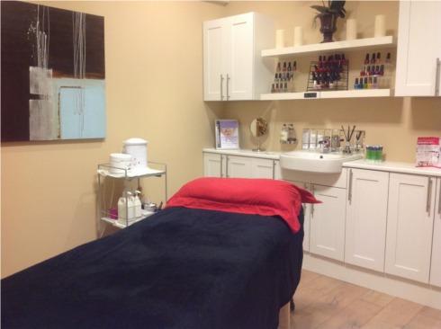 Skin Beautiful Milton Keynes clinic treatment room
