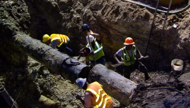 03-2009 Placing valve on water main 2