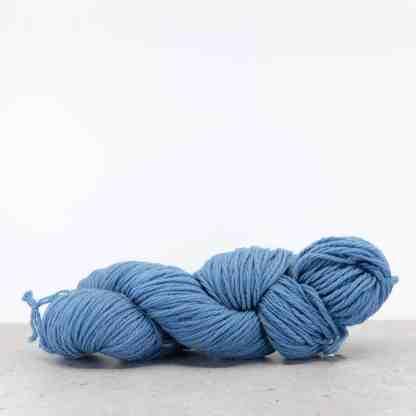 Waverly Needlepoint Knitting Wool – Color 7004