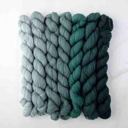 Appletons Peacock Blue 641 – 647 - 8-