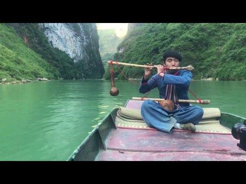 Tiếng sáo Mông trên dòng sông Nho Quế A Páo