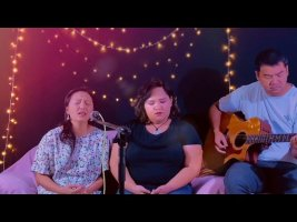 WORSHIP MEDLEY HMONG- How great is our God/ Nwg Lub npe / Let there be light