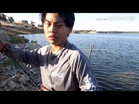T.S.R... HMONG CRAPPIE AND BASS FISHING