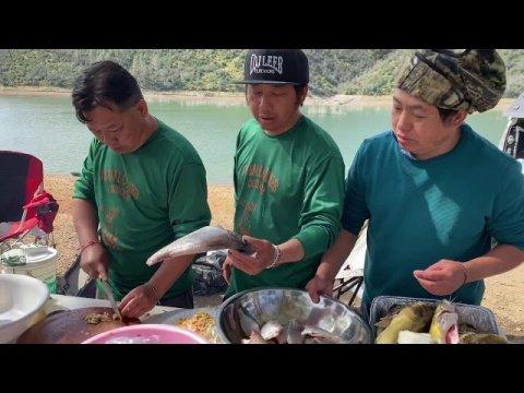 Hmong Sacramento fishing (nuv ntses ua noj 5/9/2020)