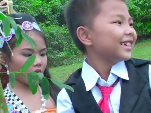 Hmong songs for kids.. 2