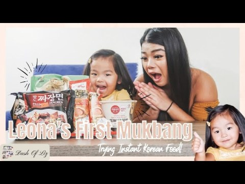 Hmong Mom & Toddler Rates Instant Korean Food | Trying Out Korean Food | Kid Mukbang | Dash of Liz
