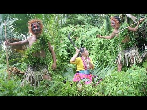 Jungle Men And Beautiful Girls Hmong // Primitive Food HB