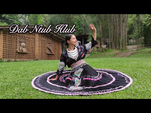 Dab Ntub Hlub - Cheng Xiong ft.Douachi Yang Dance Hmong hmoob seev cev #สาวม้ง#ระบำสาวม้ง