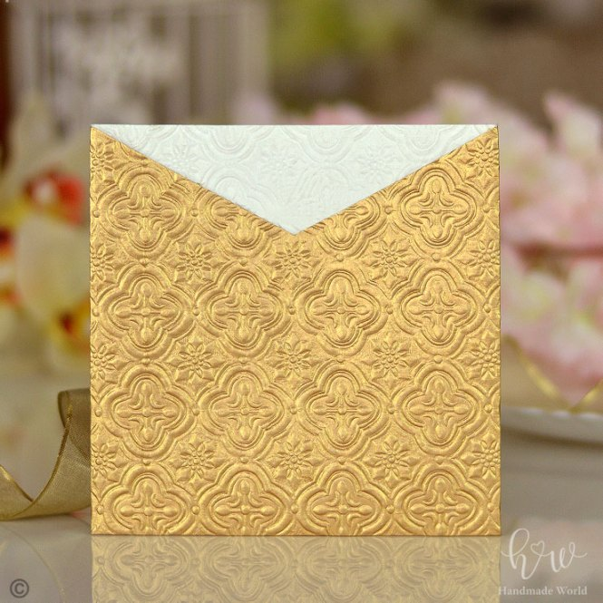 Fetching Traditional Shimmer Embossed Paper Personalized Wedding Card Sq Sngv15
