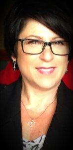 Summit Panelist Spotlight: Debi Houliares