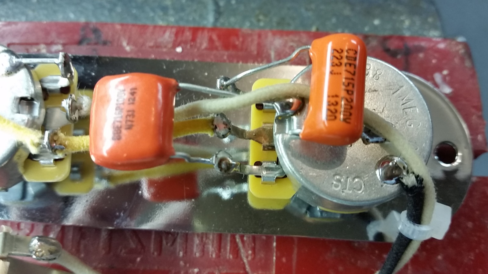 hight resolution of dual capacitor tele wiring