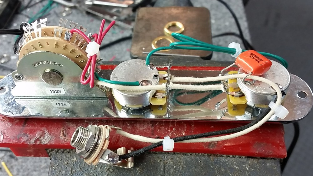 medium resolution of  jerry donahue style tele wiring
