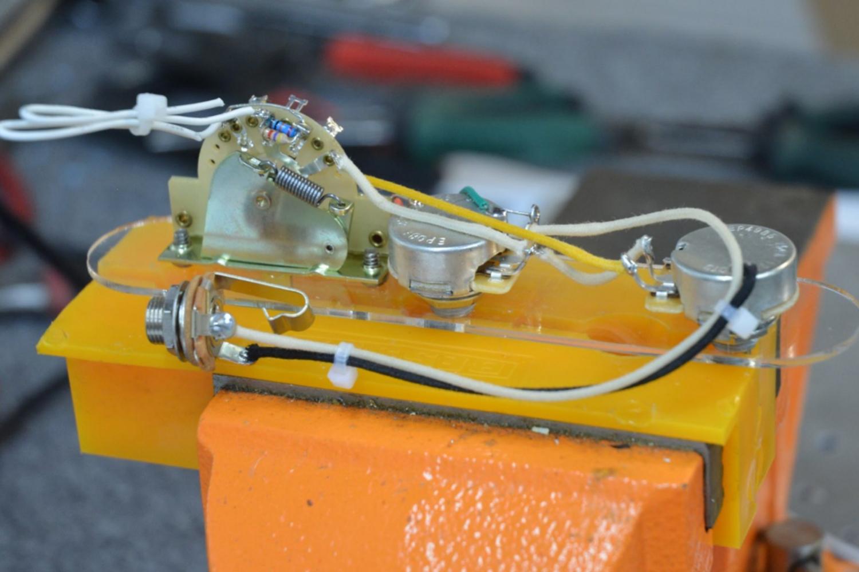 Additionally Strat Blender Pot Wiring On Blender Pot Wiring To Motor