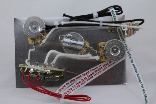 small resolution of  highway one style stratocaster wiring harness for 3 single coil pickups