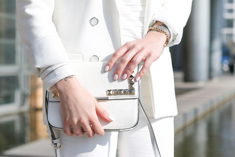 All_White_3