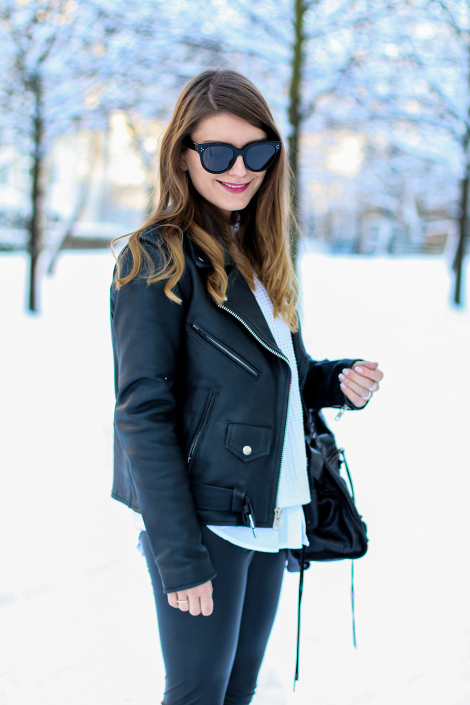 Leather_Jacket_Snow_5