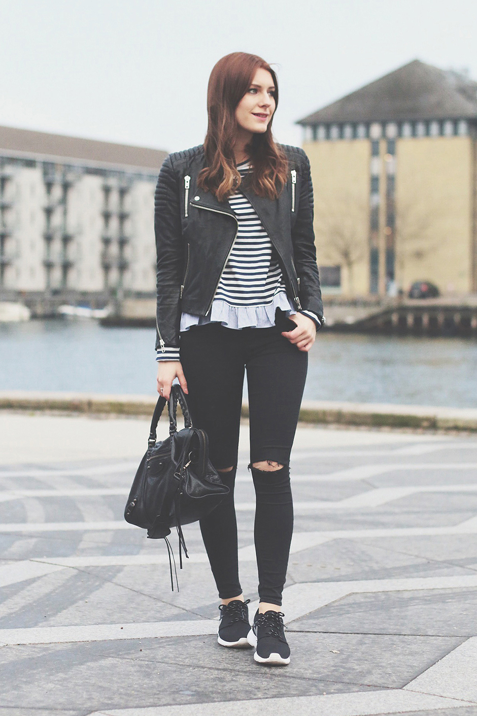 Stripes_and_All_Black_2