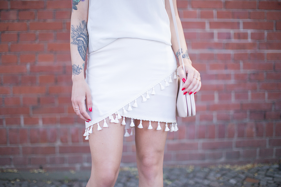 All_White_Tassel_Skirt_1