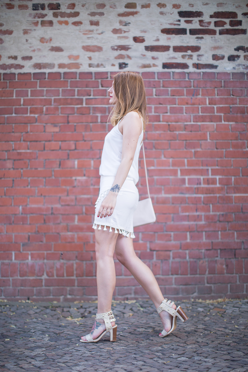 All_White_Tassel_Skirt_7
