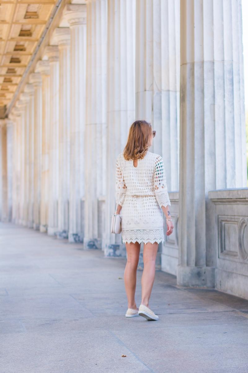 Dress_For_Less_7