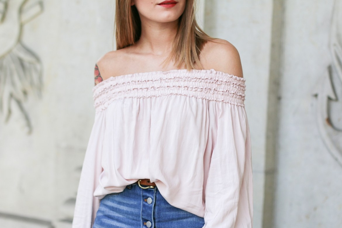Off_Shoulder_Denim_Skirt_3
