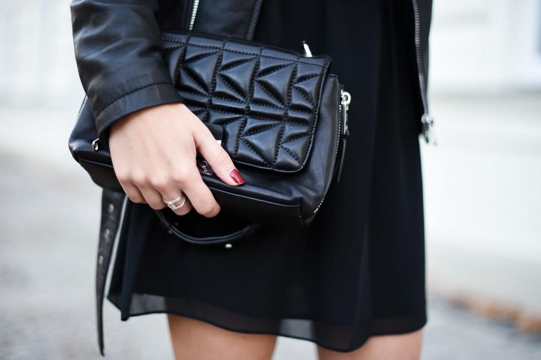 All_Black_Dress_7