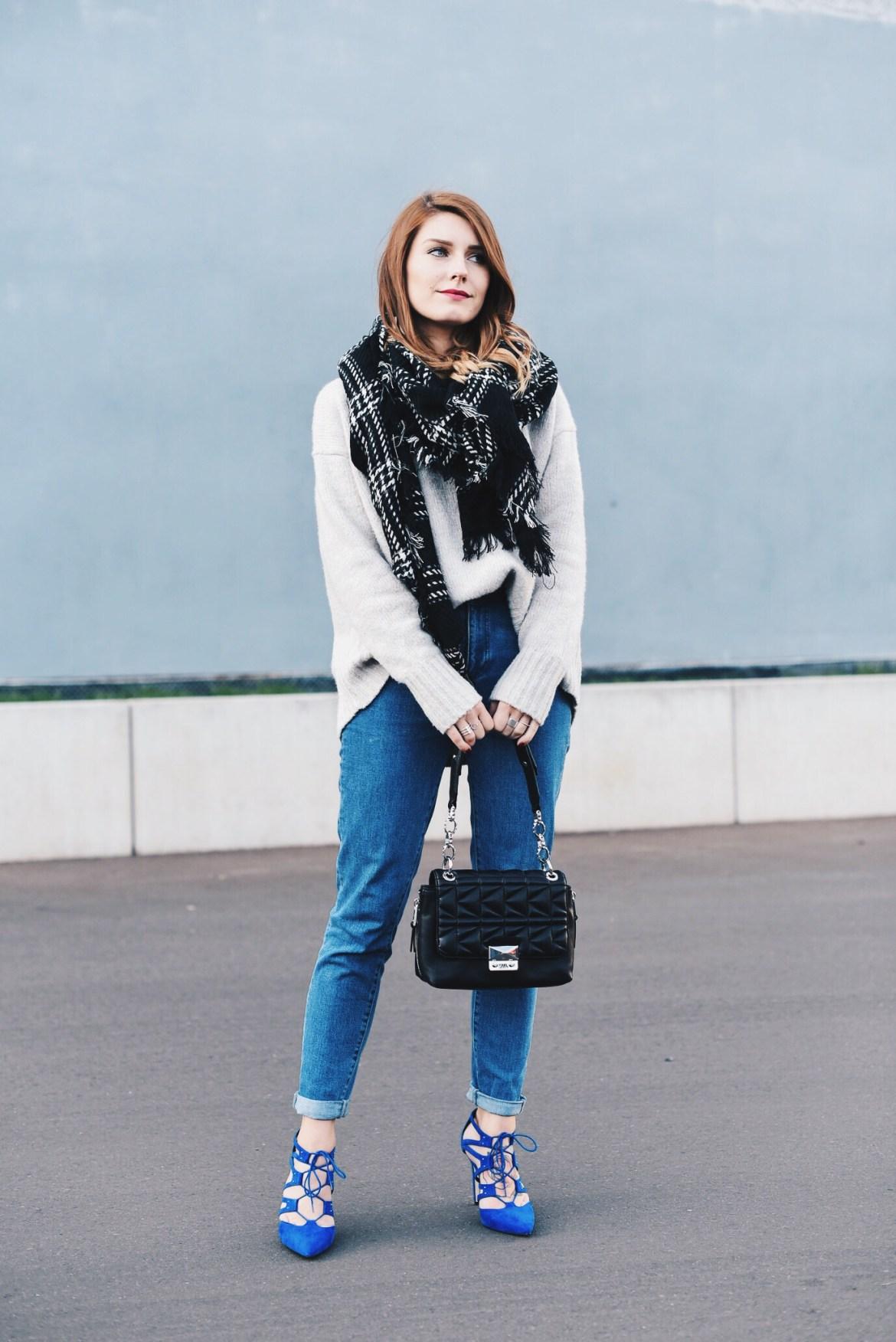 Blue_Shoes_6