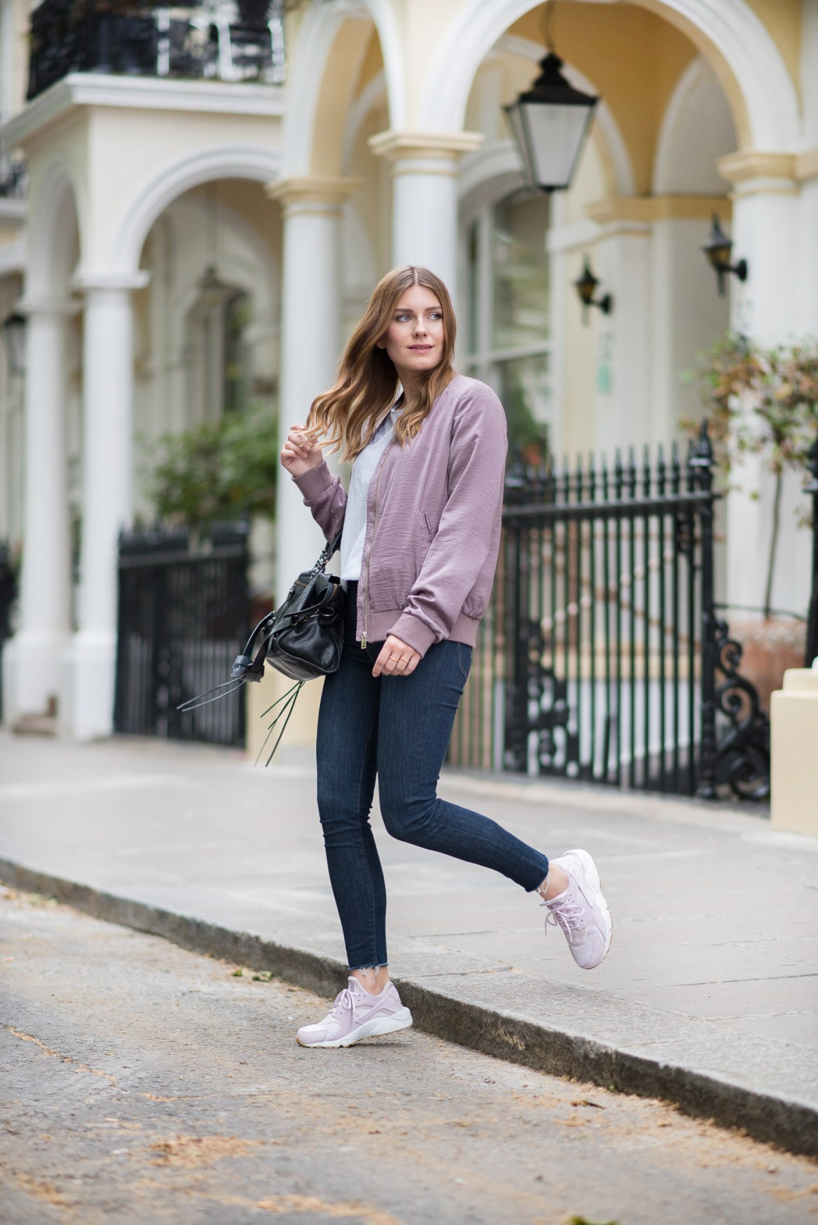 comfy_outfit_bomber_jacket_london_1