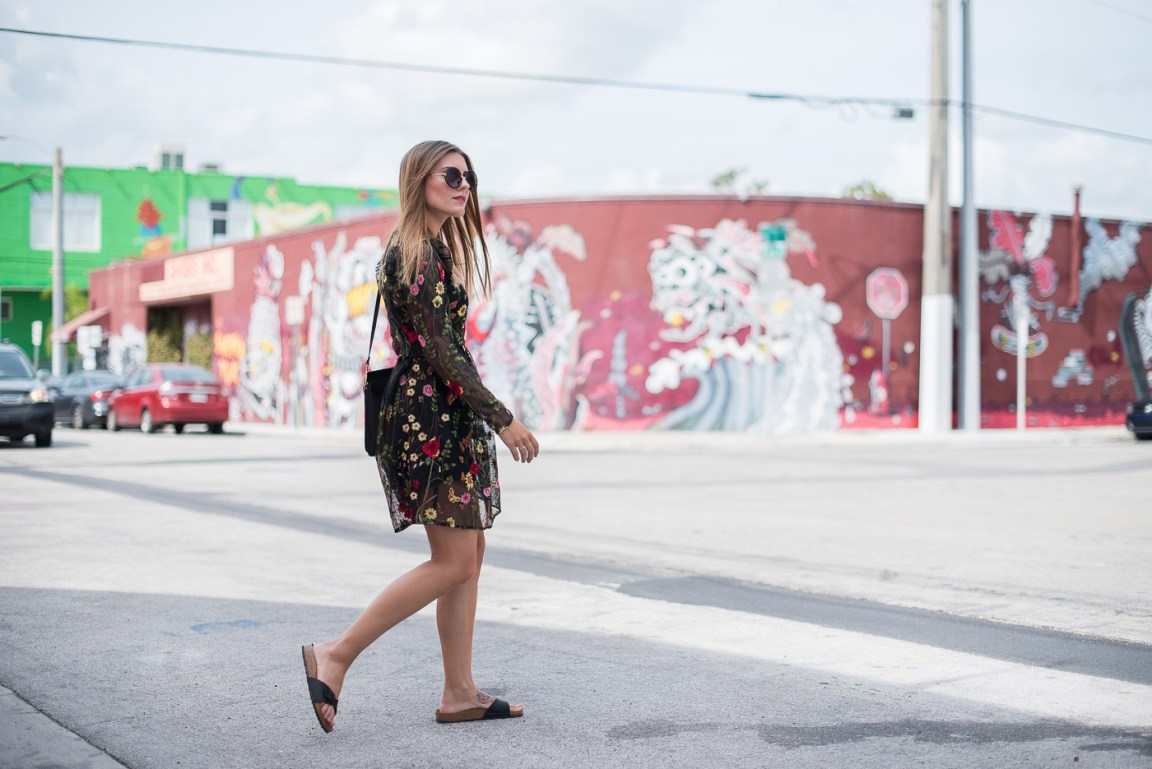 miami_wynwood_walls_flower_print_dress_4