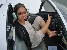 Picture: Armless Girl Gets A Pilot License