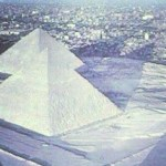 Amazing Pictures Showing Snowfall on Pyramids and Sphinx