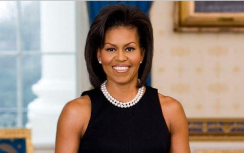 """Picture Suggesting Obama Admits His Wife is a Transexual Man Named """"Michael"""""""