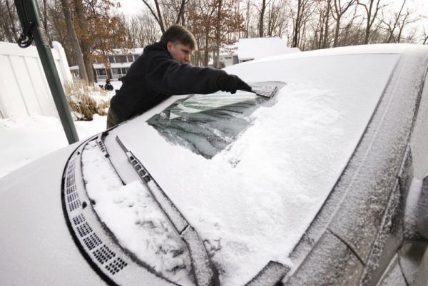 Picture about Spraying Vinegar & Water Mix will De-ice Your Windshield