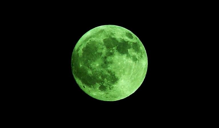 Green Moon Rare Phenomenon on 20th April 2018: Fact Check