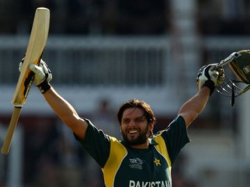 Image about Shahid Afridi Used Sachin Tendulkar's Bat to Hit Fastest Century