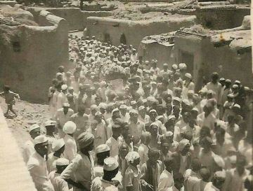 Alleged Shirdi Sai Baba's Antim Yatra Photographs