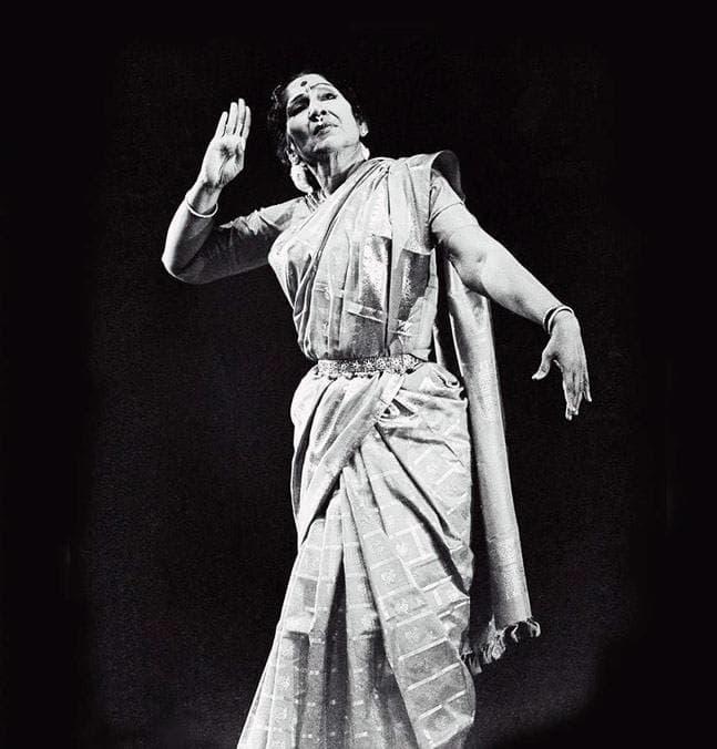 Image of T Balasaraswati, legendary Bharatanatyam dancer