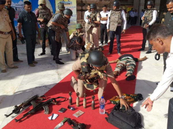Images from Police mock drill of terrorist attack inside Ambaji Temple