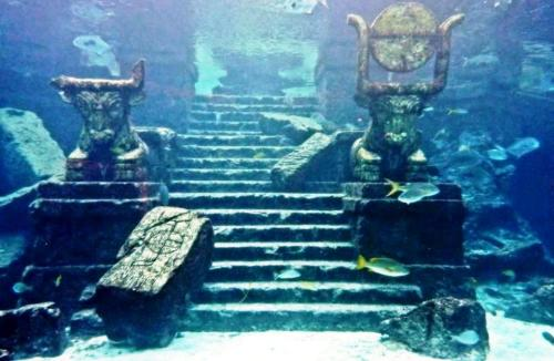 Pictures of Historic Sunken City of Krishna, Dwarka