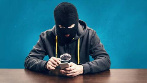 Illustrative image of Scamsters operating Fraud on UPI Apps